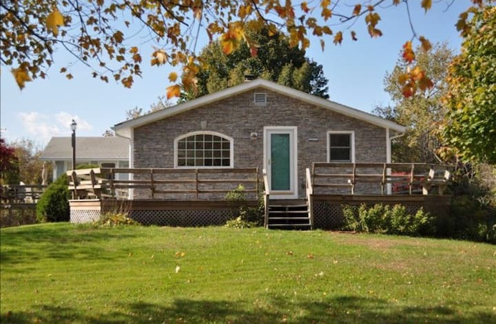 Great Beach house in Charlestown RI