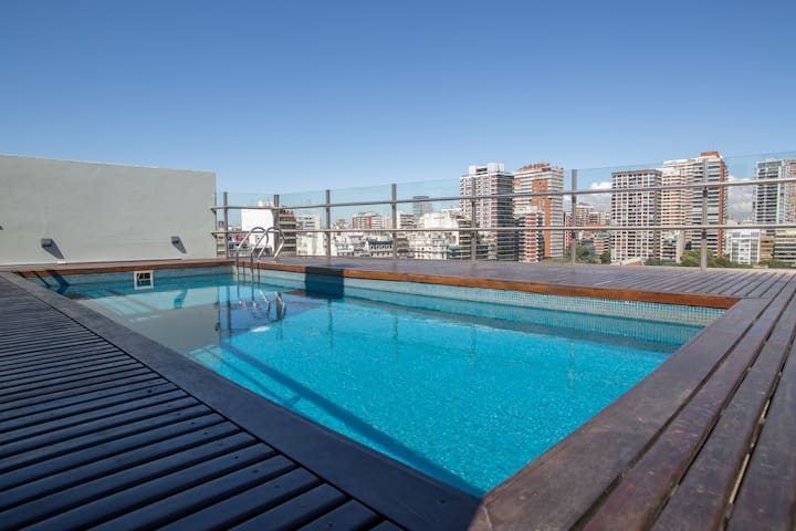 PALERMO Home w/rooftop pool in front of the park