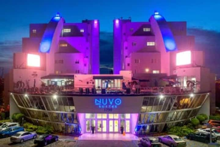 Nuvo Suites Hotel - Executive King