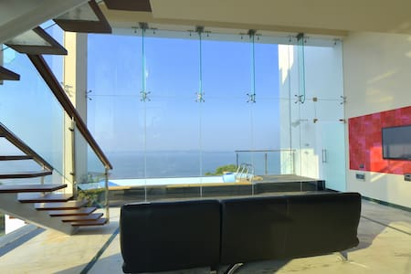 Casablanca XXV, Purity on a Cliffs Edge - Villa