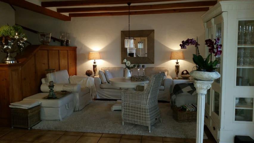 Landhaus mit Chic und Charme - Seehausen - Casa