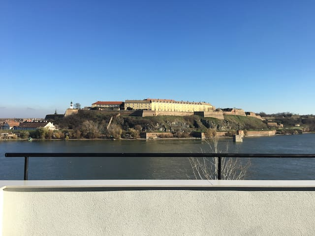 Fortress view - best view in town - Novi Sad - Departamento