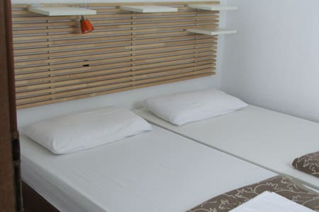 Apartments Villa BellaVista, Brač - Povlja - Rumah