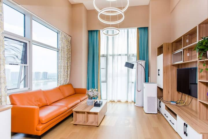 尹山湖,大落地窗,60平大户型,宽敞舒适感,商务出行,情侣空间,近地铁2号线,地铁直达火车站山塘街