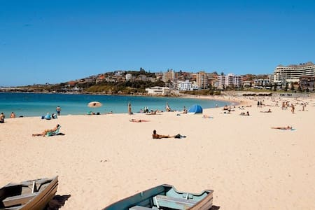 The room by the beach - Coogee