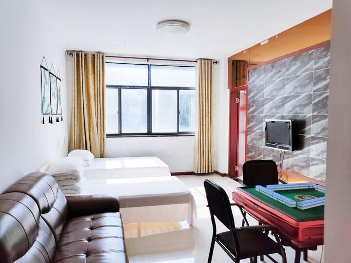 九宫山景区内山景房家庭型麻将房精装套间小公寓
