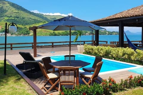 Wonderful house with super private deck in Angra
