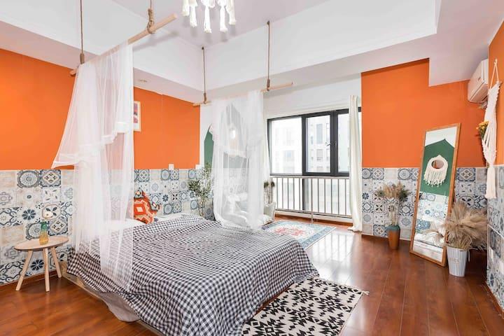虹桥十分钟/地铁旁/万达高层公寓—-橘子