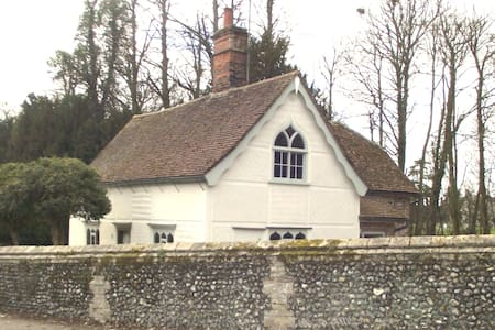 Lodge Cottage - Long Melford