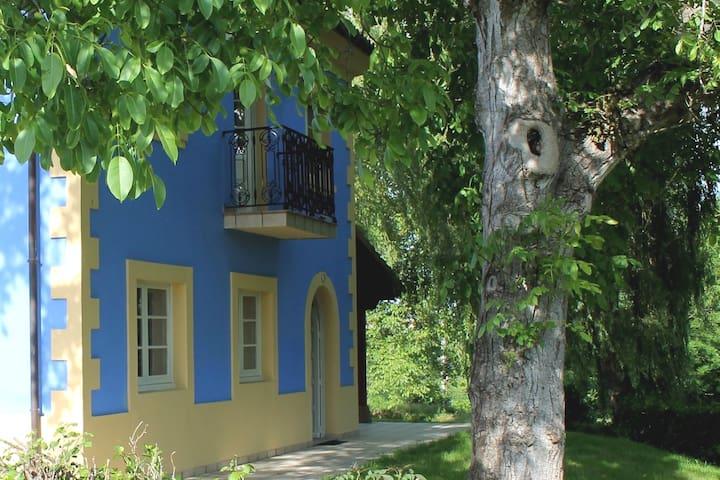 Casa Rural con 3 dormitorios en Nava, Asturias.