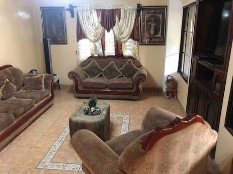 Casa con espacio agradable para disfrutar Trujillo