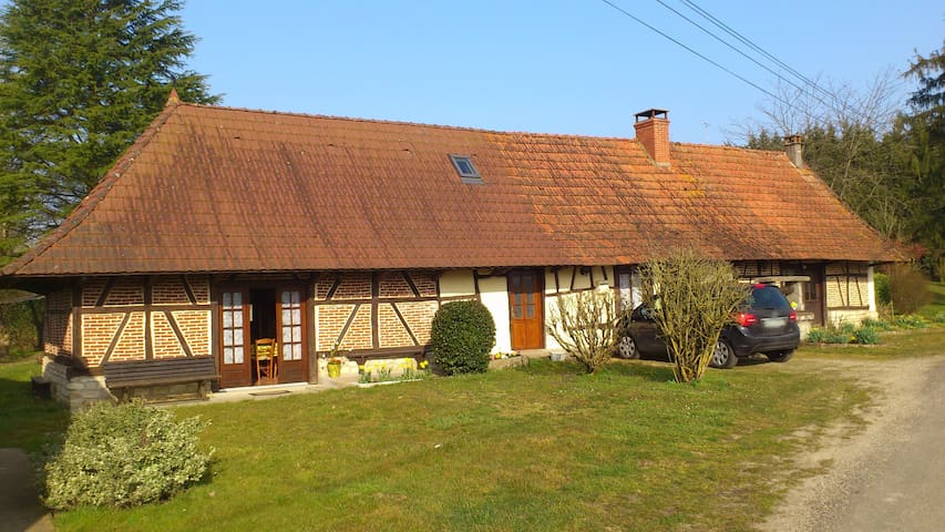 Maison style bressan - Montret - Dom