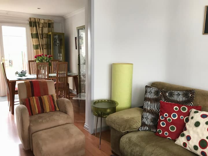 2 bed house near city and airport