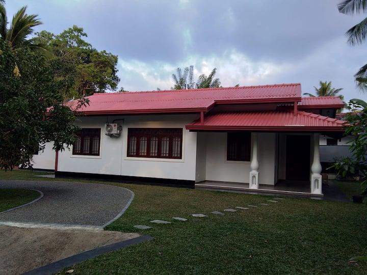 Villa Tharitha Dodanduwa
