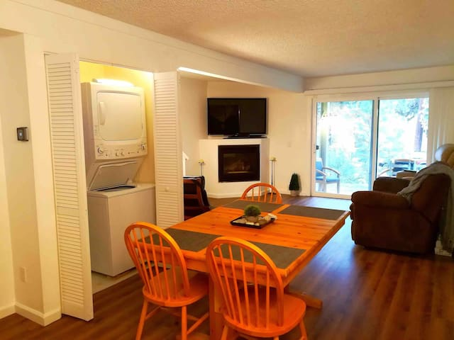 3 Bedroom Newly Renovated @ Incline Village