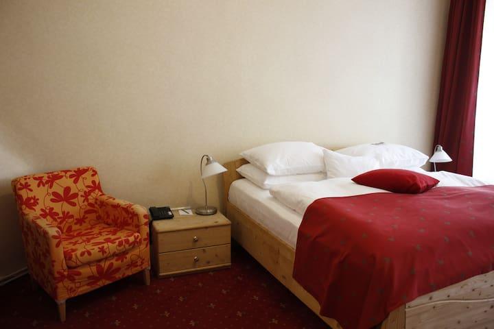 Zimmer beim Parlament 174 - Viena - Casa