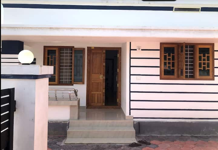 Minimalistic life at Erattakulam