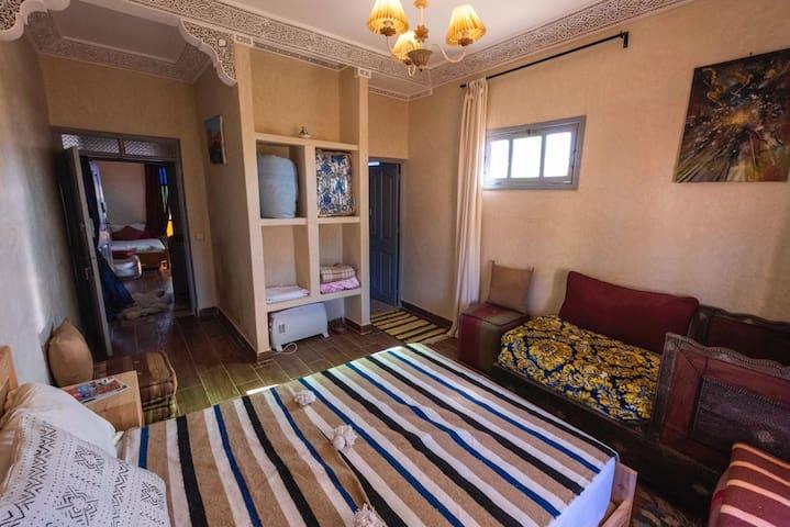 Maison de chambre le petit jardin chambre 2
