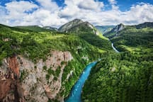 CETINA RIVER PASSING THROUGH THE GREEN MOUNTAINS