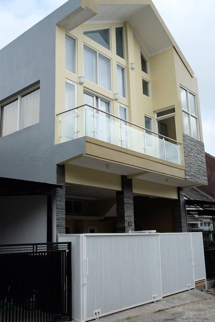 Villa Berkat