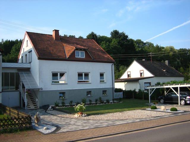 Schöne Ferienwohnung Nähe Bostalsee - Nonnweiler - Apartamento