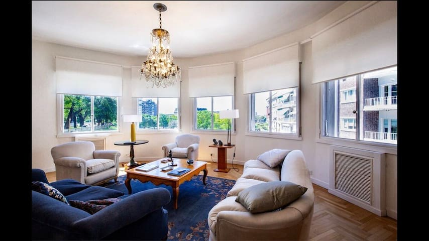 Amazing 4BR Apartment in Iconic Kavanagh Building