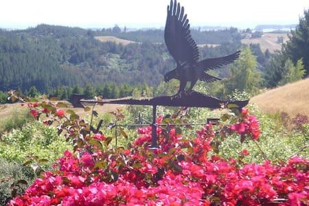 Hawk's Ridge Redwood Valley - Redwood Valley
