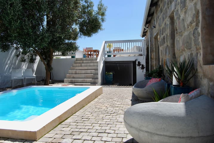 The Cove Old Stone Villa - Self Catering