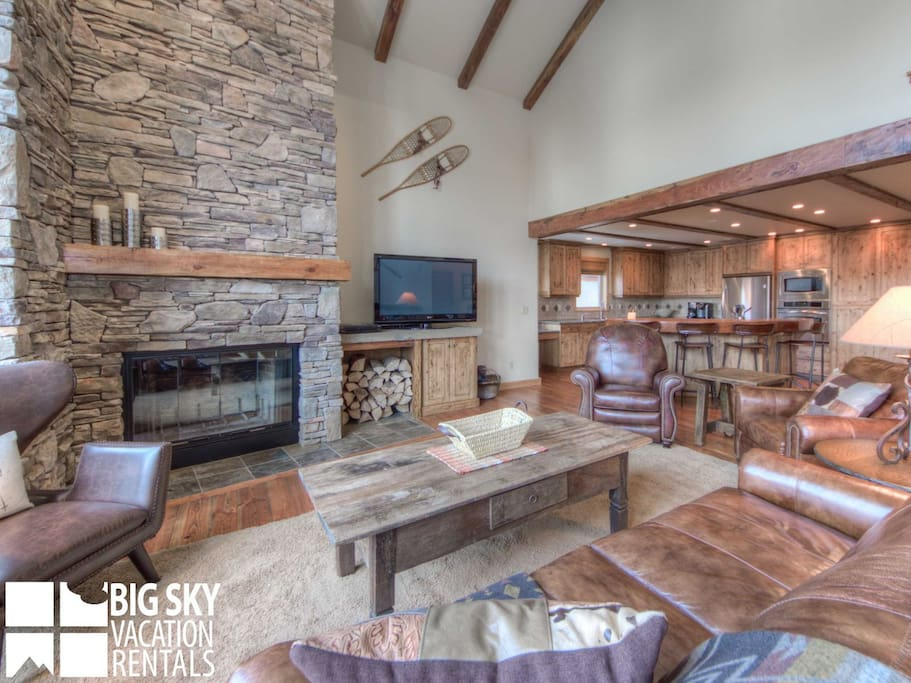 Big Sky Resort, Black Eagle Lodge 25, Living, 3