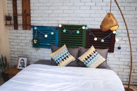 Deja Vu Homestay - Cozy Room - tp. Huế - Szoba reggelivel