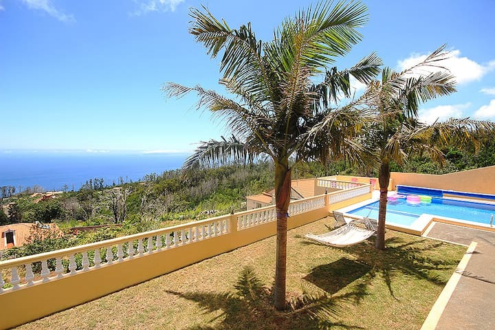 Huge Villa With Private pool - Madeira - Villa