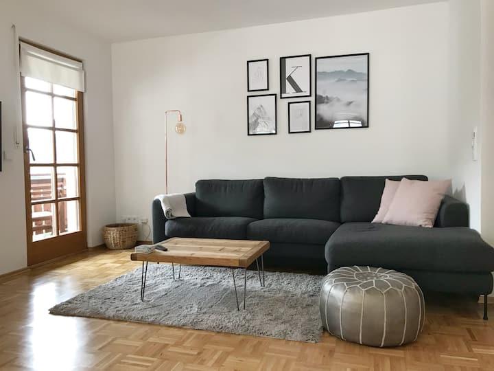 Liebevoll eingerichtete Wohnung mitten im Zentrum