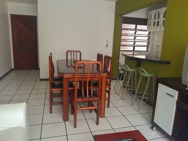 Apartamento a 100m da praia no Mar Grosso