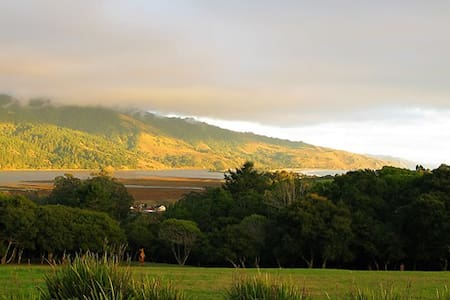 Home with Stunning Views - Bolinas - Σπίτι