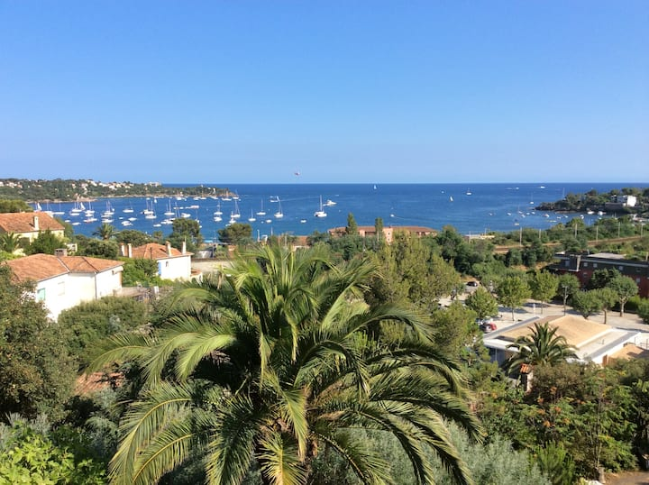 APT 2 chambres vue mer pano Baie d'Agay plage 400m