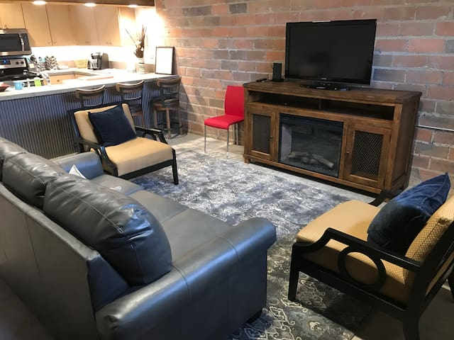 New, Urban, Loft-Style Downtown Apartment - Rapid City