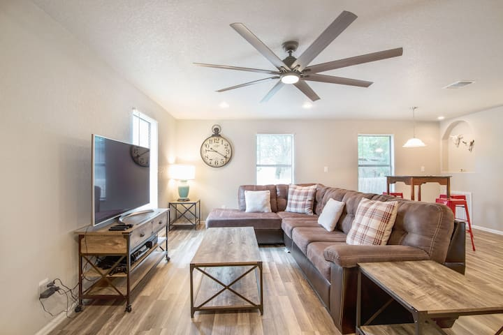 **Pearl District and Downtown** 2 bed 1 bath