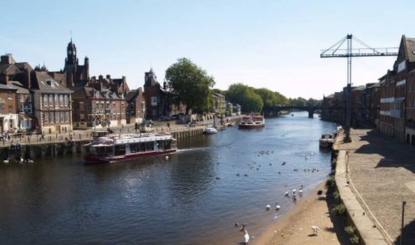 #CityCentre#RiverBalcony #Parking#Spacious#Sleeps6 - York - Wohnung