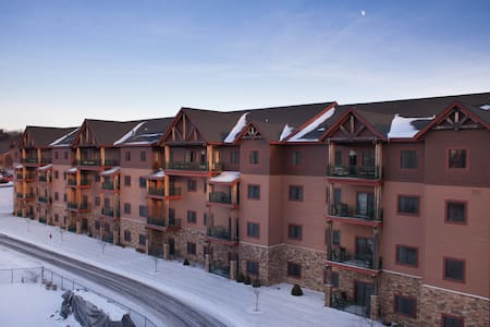 Wyndham Glacier Canyon 2 Bedroom Presidential (1) - Appartement