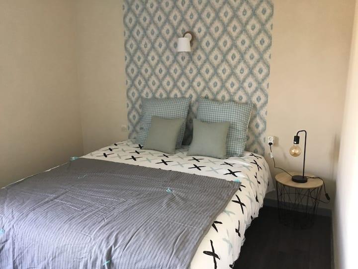 Apartment-Terrace-City-Ensuite with Bath