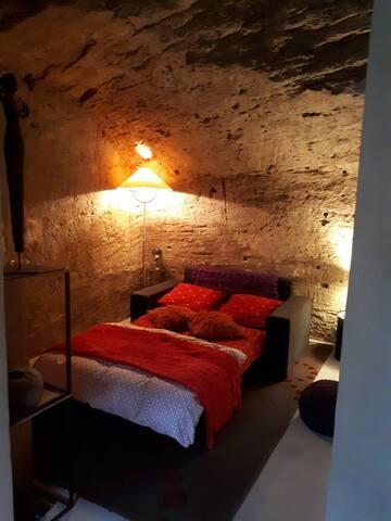 Chambre dans site troglodytique
