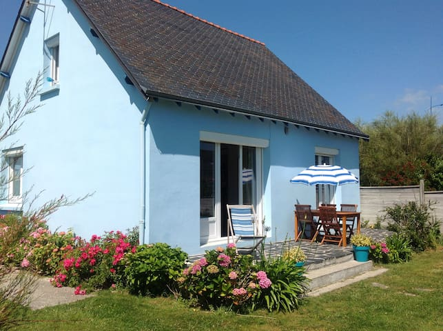 La Maison Bleue   Île Tudy