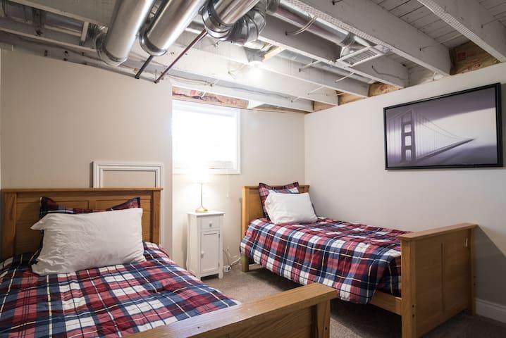 Bedroom #2 features 2 twin beds