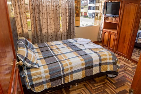 CuscosHome 3:apartamento+agua caliente+wifi+cocina
