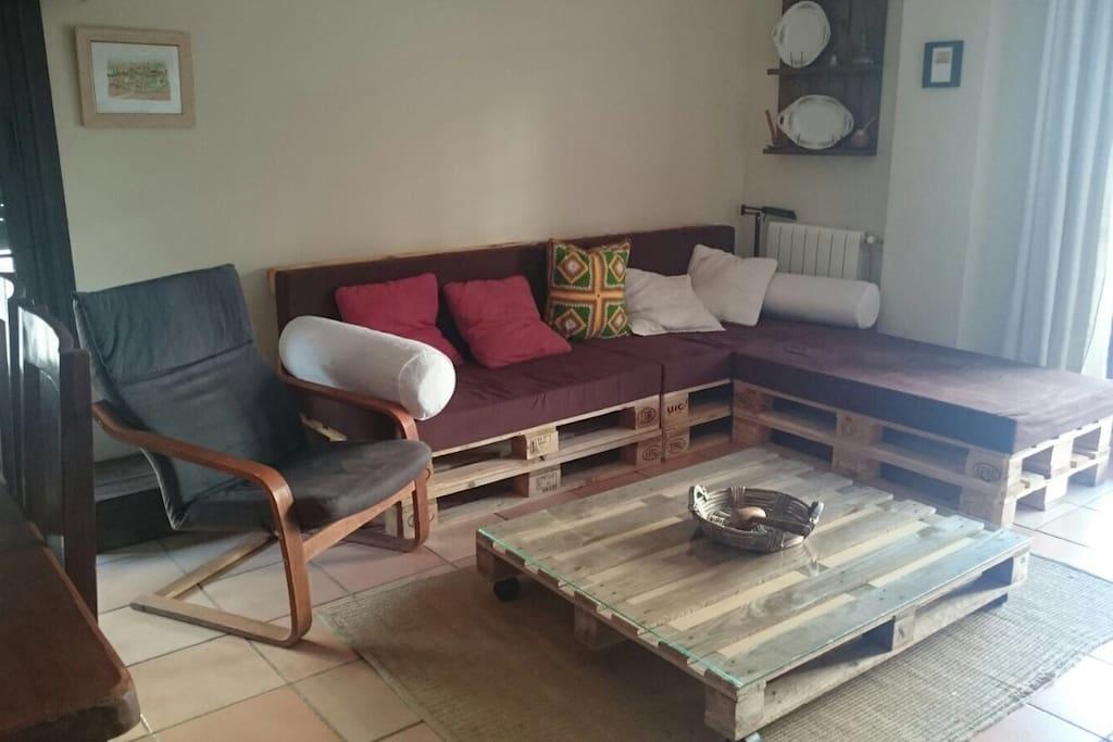 chalet pareado ideal para familias 12 km sevilla maisons louer espartinas andalousie espagne. Black Bedroom Furniture Sets. Home Design Ideas