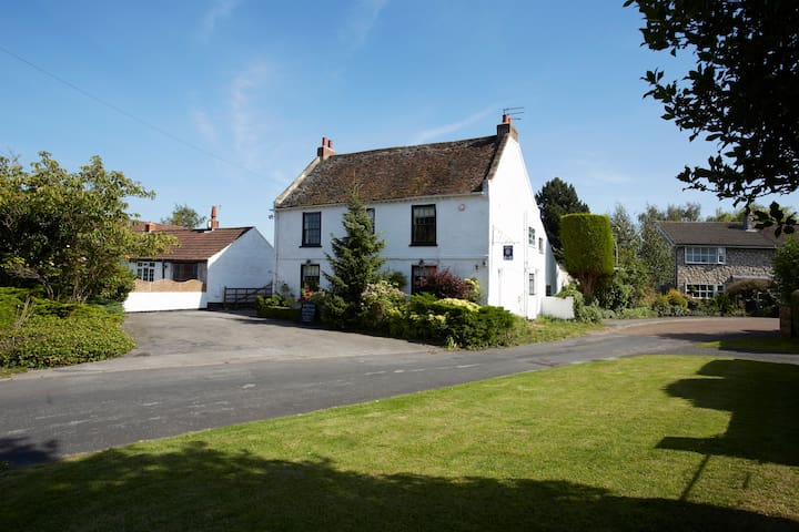 Skelton Grange Farmhouse - King en-suite 2 - Skelton - Penzion (B&B)