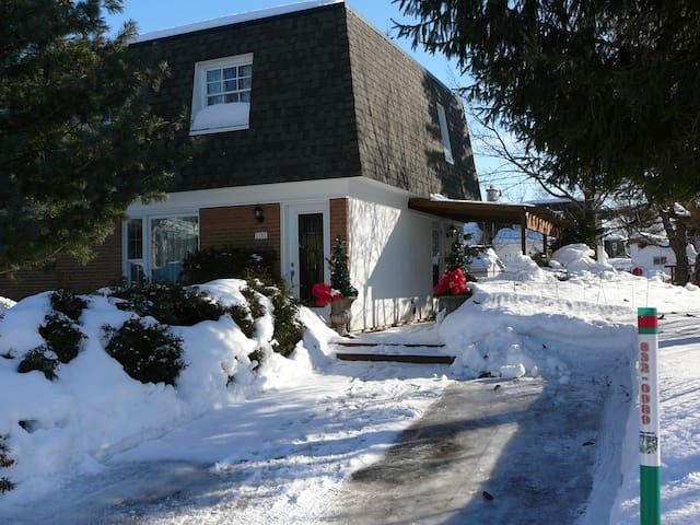 Maison à Robert, près du vieux Québec - Lévis
