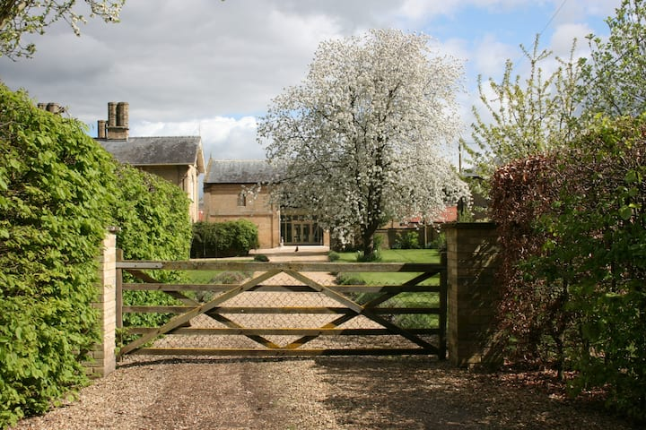 Barn Owl Farm Stay