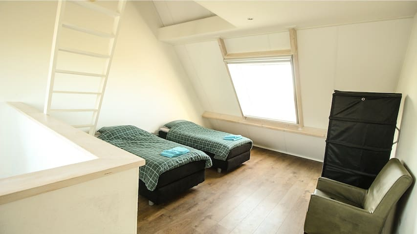Second floor, bedroom 3. With storage in top.