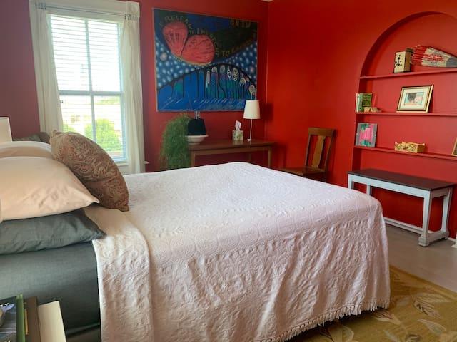 Dr. Gott's Guest Suite - Downtown Viroqua